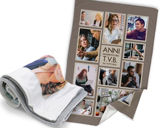 stampa foto colleghi su coperta con frase divertente