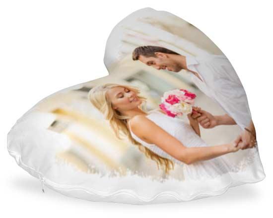 cuscino personalizzato a forma di cuore