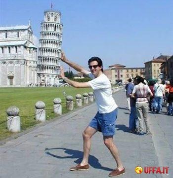 Ironia torre di Pisa