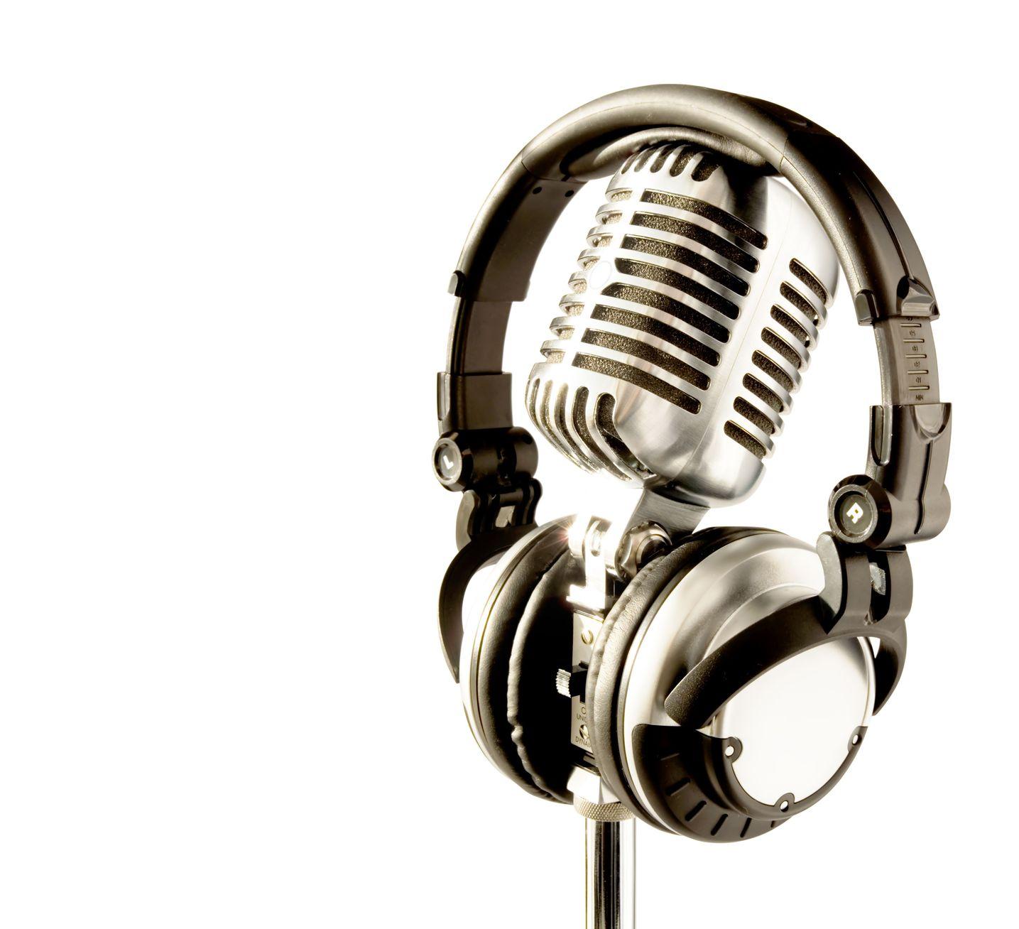 microfono e cuffie dj festa 18 anni