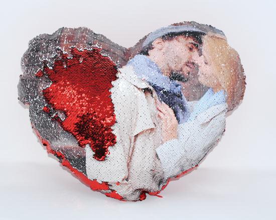 cuscino cuore con paillettes
