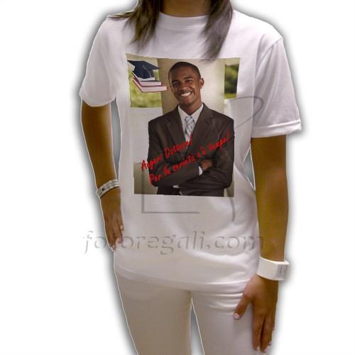 maglietta personalizzata per la laurea