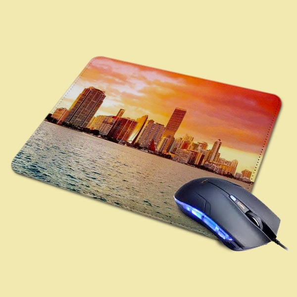 Mouse pad in pelle